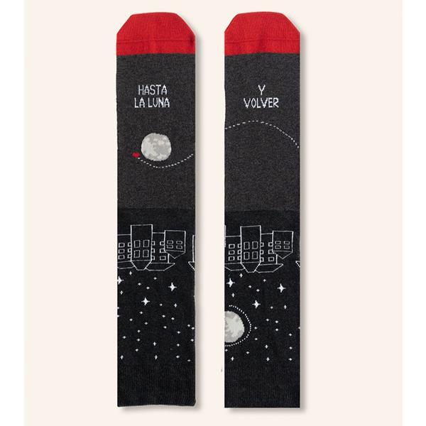 calcetines-hasta-la-luna-y-volver